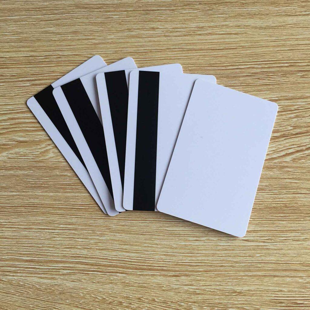 Stampa tessere badge con banda magnetica